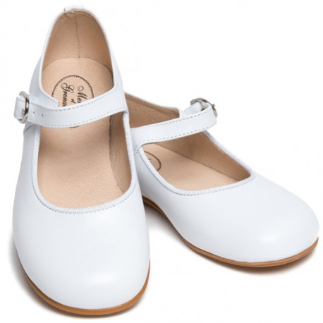 Amicie white buckle shoes for flower girls and special occasions Little Eglantine