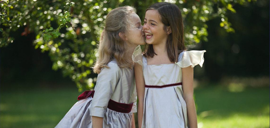 Having a Fall or Winter wedding? Discover the gorgeous Little Eglantine winter flower girl dresses!