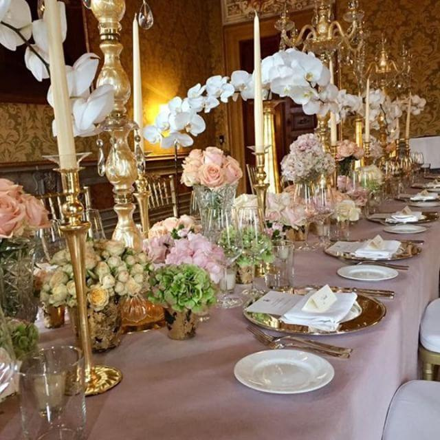 Luxury wedding - Venice wedding Floral design by La Dogaressa flowers by Gabrielle Bisetto destination wedding planner lusso events