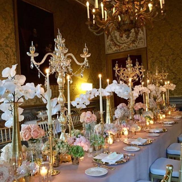 Luxury wedding - Venice wedding floral table setting La Dogaressa flowers by Gabrielle Bisettodestination wedding planner lusso events