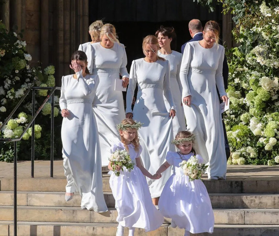 Ellie Goulding flower girls were wearing Little Eglantine designs