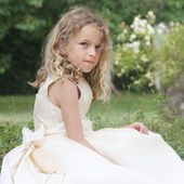 """Style is a way to say who you are without having to speak"" - Rachel Zoe. . . . #dreamwedding #flowergirl #flowergirldresses #hautecouture #littleeglantine #hautecouturedress #frenchdesigner #frenchweddingstyle #elegance #luxurywedding #luxuryweddingplanning #luxuryweddingplanner #kidscouture #weddinginspo #cuteflowergirl"
